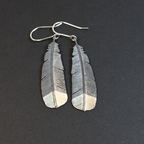 Small Huia Feather - 2 Tone